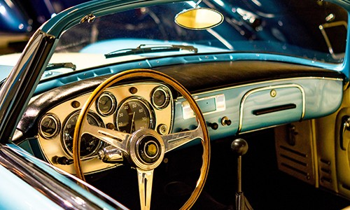 We value your classic car collection